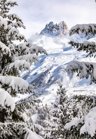 Skiing with bad weather