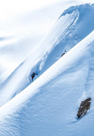 An XXL off-piste ski area