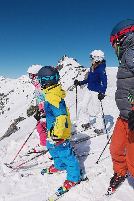 Le domaine skiable des 3 Vallées accessible à tous les niveaux de skieurs : 50% de pistes faciles et intermédiaires, 50% de pistes difficiles à très difficiles.