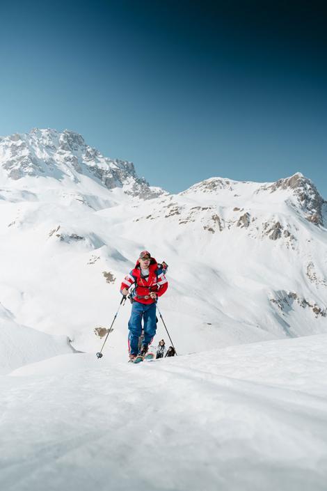 Pratiquer le ski de randonnée accompagné d'un moniteur esf pour une garantie sécurité dans Les 3 Vallées