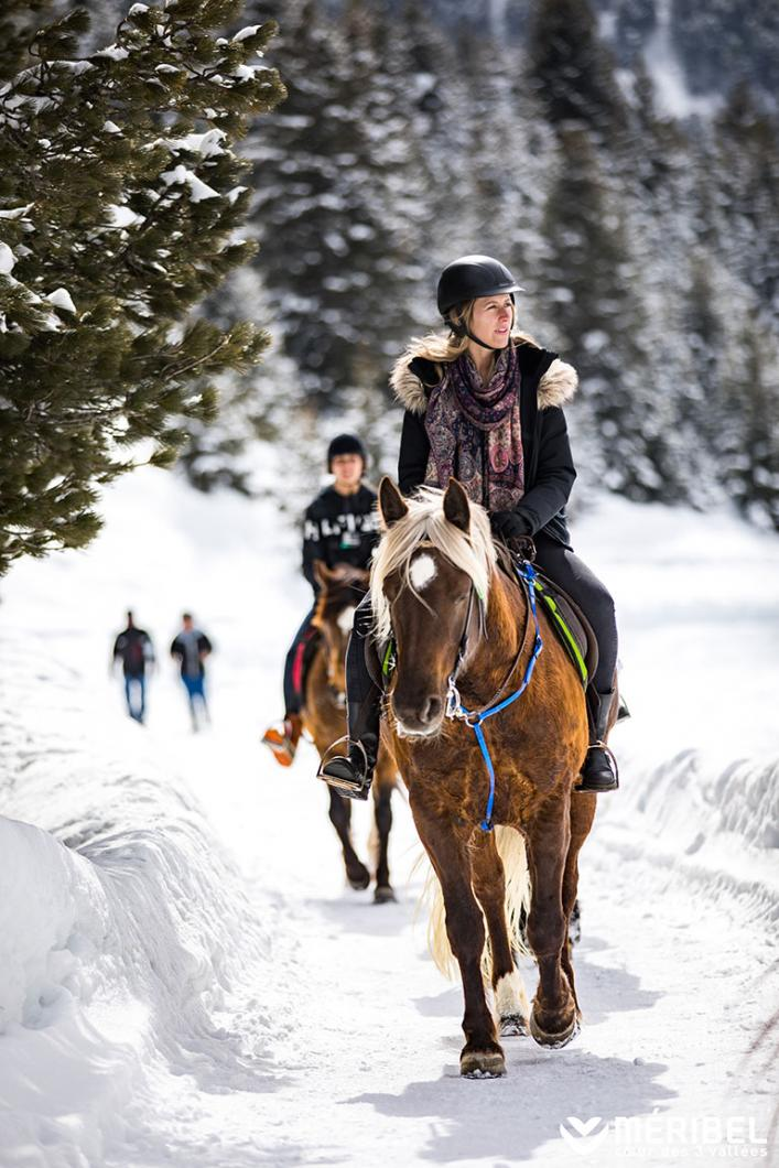 Horse ride on the snowy trails of Méribel in Les 3 Vallées